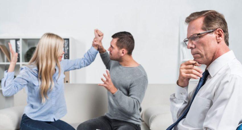 توصیه زوج درمانگر به همسران